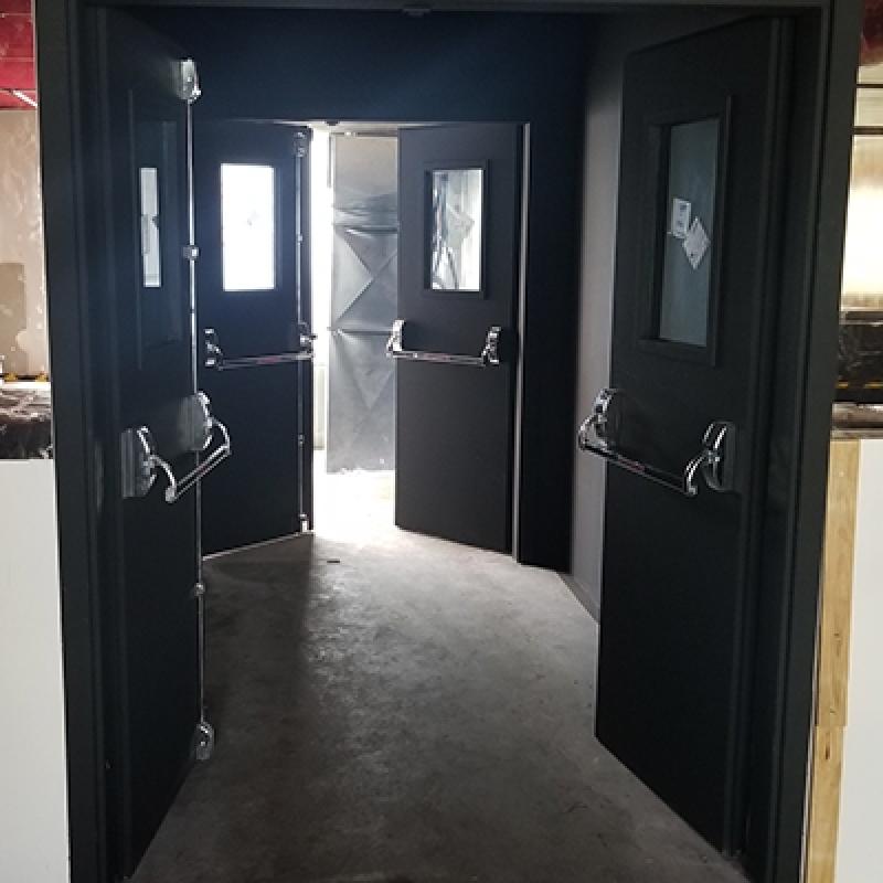 Porta Acústica de Madeira Preço Jardim São Luiz - Porta Acústica de Madeira