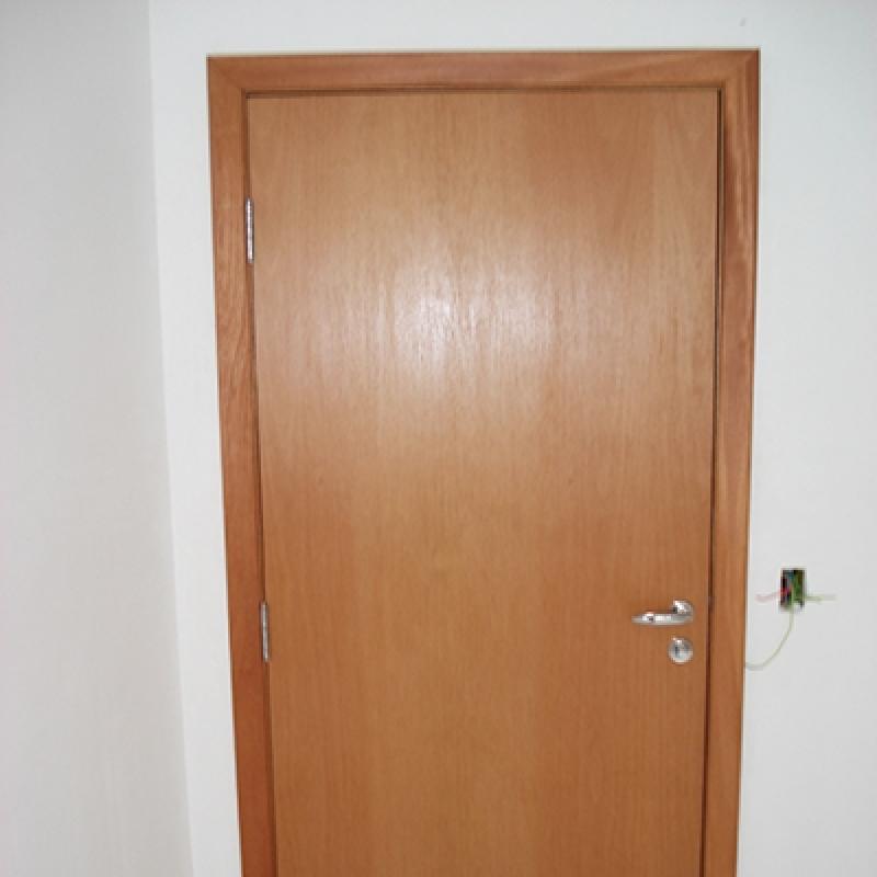 Porta Acústica para Quarto Jardim Europa - Porta Acústica de Madeira