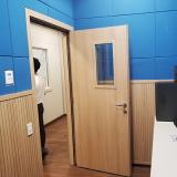 porta acústica de madeira Santa Cruz
